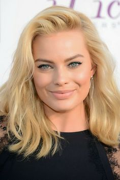 Is Margot Robbie Dating Orlando Bloom? Does She Only Date Men with History or Previous Attachments?