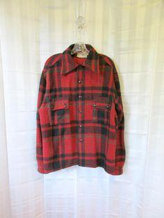 c4d0d5a4b2 Vintage Plaid Jacket 1950s Bilt Well Wool Shirt Red Black Green 48 Medium  Large Winter Workshirt Work Shirtjacket