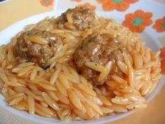 Come to cook: Barley with meatballs in the pot Cookbook Recipes, Meat Recipes, Pasta Recipes, Cooking Recipes, Kid Recipes, Recipies, Greek Dinners, One Dish Dinners, My Favorite Food