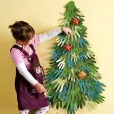 Christmas Tree made with hand outline cut-outs Unusual Christmas Trees, Christmas Tree Art, Christmas Arts And Crafts, Diy Christmas Cards, Christmas Activities, Christmas Projects, Kids Christmas, Holiday Crafts, Holiday Fun