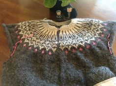 https://www.craftsy.com/project/view/first-islandic-sweater/128872