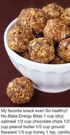 Bake Energy Bites Energy balls - my sister-in-law made these for us when we were camping and they were delicious!Energy balls - my sister-in-law made these for us when we were camping and they were delicious! Protein Energy Bites, No Bake Energy Bites, Energy Balls, Energy Snacks, Camping Snacks, Easy Snacks, Yummy Snacks, Healthy Drinks, Healthy Snacks