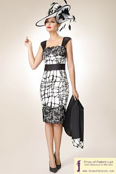A gorgeous black and white Zeila mother of the bride or mother of the groom outfit! This fabulous outfit hugs your curves in all the right places. It is perfect for the fashion forward woman. Frox of Falkirk.