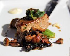 Hermosa y deliciosa comida hecha en Aveyron. Perfecta para comer con nuestros cuchillos Laguiole. Escoja los suyos hoy en http://laguiole.es/ la casa de Laguiole en España #Laguiole #Laguioleespaña #Laguiole_es #comida #carne #res