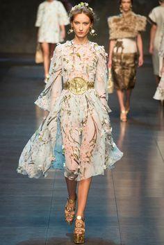 Dolce & Gabbana Spring 2014 Ready-to-Wear Fashion Show - Alex Yuryeva