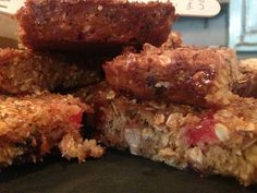 Fruit and nut oat bars