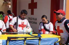 Camilla Baseboard de Iron Duck apoyando el entrenamiento en Cruz Roja Mexicana.  EMS Mexico | Equipando a los Profesionales