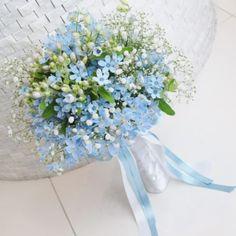 Small Wedding Bouquets, Spring Wedding Flowers, Bride Bouquets, Bridal Flowers, Flowers In Hair, Blue Flowers, Yellow Bouquets, Blue Bouquet, Floral Bouquets