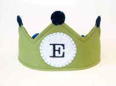 birthday boy crown.  custom.