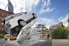 """""""Climbing Up"""" Pop-Up for Range Rover on view in NYC #Architecture #Art #Aluminum #LRClimbingUp"""