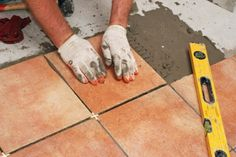 Tile 101 : How to Lay Tile One of the best tutorials I\'ve seen ...