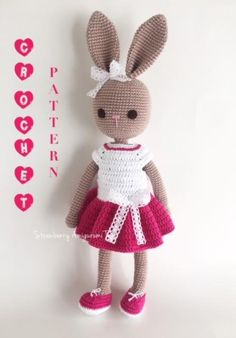 Let me introduce to you ALINDA. Shes my crochet bunny. This pattern is prepared by me. Arms, body and head are crocheted in one piece. the legs and ears are crocheted seperately and sewed on. The dress is wearable. The pattern is in English and using American terms. The finished product