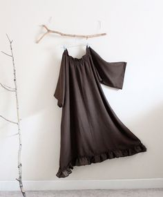 made to order linen shirring ruffle dress available in 4 colors ( chocolate, black, white and natural)    sizes available see the chart below ( You may also leave your bust measurement for best fit)  **************  XS- fit bust 33  S- fit bust 33-35  M-fit bust 36-38  L- fit bust 39- 41  XL- fit bust 42- 45  2XL- fit bust 46- 49  3XL- fit bust 50- 52  4XL- fit bust 53- 55  5XL- fit bust 56- 59  6XL- fit bust 60- 62  **************  material: solid linen with loose weave ruffles  design…