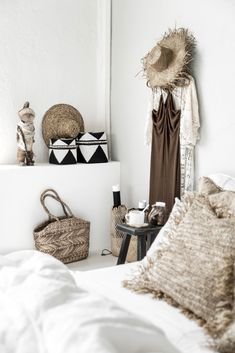 Natural touch & boho vibes in the bedroom. Beaded baskets, the Greek Island bag and fidsherman backbags together raffia cushions make it happen! Coastal Living, Home And Living, Ibiza, Eclectic Frames, Rattan, Moroccan Room, Woven Wall Hanging, Bohemian Decor, Modern Bohemian