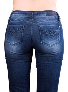 How to choose the best jeans for your bodyshape over 50   Fabafterfifty.co.uk