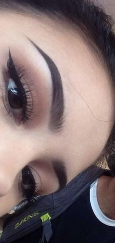 Eyebrow game on fleek! Makeup Goals, Love Makeup, Makeup Inspo, Makeup Inspiration, Makeup Tips, Beauty Makeup, Girls Makeup, Eyebrows Goals, Eyebrows On Fleek