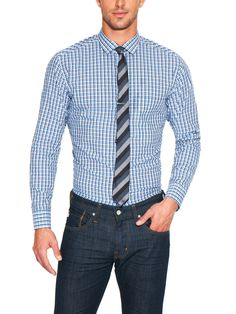 camisa bonita, gravata bonita e calça completou look muito bacana