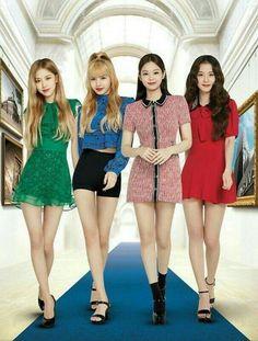 Kim Jennie, Blackpink Fashion, Korean Fashion, Black Pink Kpop, Korean K Pop, Blackpink Photos, Blackpink Jisoo, Girl Bands, Look At You