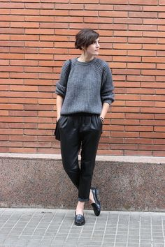 jogger pants and sweater outfit