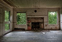 Abandoned Mansions in United States | abandoned house | Darren Ketchum