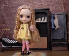 Short Sleeves Sweater Dress  Lemon   Blythe knitting by moofafa