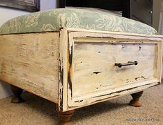 Clever Ways to Repurpose Old Drawers... I love it, going to make one