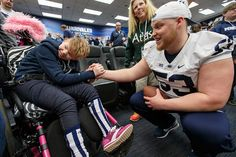 """PSU Football does """"Athlete Hour"""" during THON Weekend 2015 with Four Diamonds children and their families"""