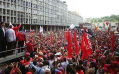 """""""HAN VUELTO LOS GOLPES DE ESTADO A AMERICA LATINA CON LA VENIA DE EEUU"""" DIJO MADURO  Imperialismo norteamericano está detrás de golpes de Estado contra gobiernos progresistas Desde este 1 de septiembre y hasta el 31 de diciembre los venezolanos se movilizarán en rechazo a las acciones violentas que planean llevar a cabo la derecha en el país en el marco del nuevo Plan Cóndor en América Latina. El presidente de Venezuela Nicolás Maduro anunció el inicio a partir de este 1 de septiembre del…"""