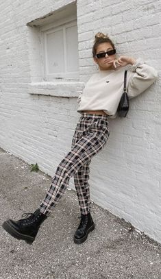 Stand out in our newest obsession 😻 is such a babe rocking our Hard To Forget Plaid Pants Edgy Outfits, Winter Fashion Outfits, Cute Casual Outfits, Fall Winter Outfits, Teen Fashion, Autumn Winter Fashion, Fall Fashion, Style Fashion, Nude Outfits