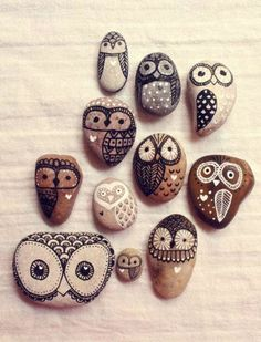 Are you passionate about crafts and arts, do you love making gifts for friends and family. However, you can always involve in easy crafts to make and sell. This may be some simple wind chimes or handmade birdhouses, or for… Continue Reading → - Crafts Are Rock Crafts, Fun Crafts, Diy And Crafts, Arts And Crafts, Crafts With Rocks, Stone Crafts, Handmade Crafts, Painted Rocks Owls, Owl Rocks