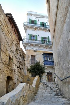Valletta - Malta (by annajewelsphotography)   Instagram: annajewels