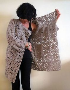omⒶ KOPPA: Kukkamandalaruutu – VILLATAKKI – omA variaatio See other ideas and pictures from the category menu…. Gilet Crochet, Crochet Coat, Crochet Jacket, Crochet Cardigan, Crochet Shawl, Crochet Clothes, Crochet Squares, Crochet Granny, Crochet Baby
