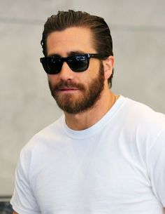 Haircut for men jake gyllenhaal 66 ideas Tom Ford Sunglasses, Mens Sunglasses, Hair And Beard Styles, Curly Hair Styles, Hipster Haircut, Beard Lover, Hipster Man, Haircuts For Men, Bearded Men