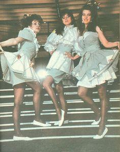 Moda Anului 1989 in Romania - 80s Shoes, Costumes, Costume Ideas, Maternity Fashion, My Childhood, Retro Fashion, Ready To Wear, Art Deco, Prom