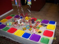 Candyland board with colored plates Candyland Birthday Party table ~ great idea with the square plates. Candy Theme Birthday Party, Birthday Party Table Decorations, Candy Land Theme, Birthday Party Tables, Candy Party, 3rd Birthday Parties, Birthday Fun, Birthday Ideas, Candy Land Decorations