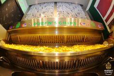 Il cuore di tutti i Queen's Chips! #queenschips #lepiùbuonedelreame #croccantifuori #morbidedentro #bellefresche #potatoes #hollandpotatoes #chips #chipsandsalsa #salsa #sauce #spices #veggies #yellow #hot #eat #friends #break #happy #love #insta #instalove #instago #instafriends #instalovers #food #foodlovers #foodporn #picoftheday #waitingforyou
