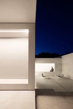 Fran Silvestre Arquitectos | CASA ENTRE LA PINADA Paterna Valencia