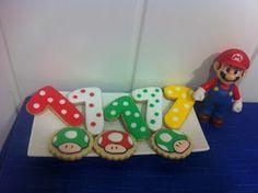 Maralon Bakery: Cumpleaños Super Mario Bros: galletas y tarta.