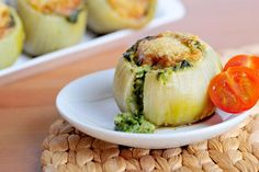 Cibule plněné špenátem (Spinach stuffed onions)