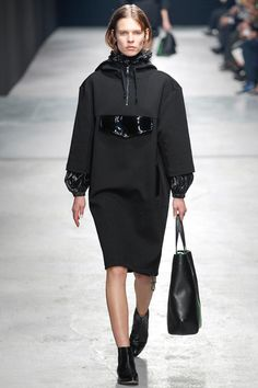 Christopher Kane   Fall 2014 Ready-to-Wear Collection   Style.com