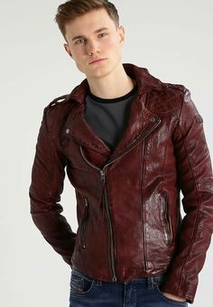 Die 52 besten Bilder von leather .....    Tigha !   Leather jackets ... 7e8d509bf1
