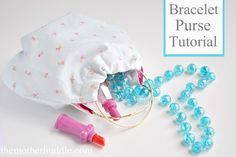 Bracelet Purse Tutorial with Free Pattern by themotherhuddle: Adorable 'accessory' for your favorite little girl!