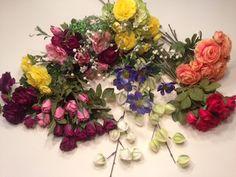 Kunstige blomster, naturtro og dekorative. Se mere på dekolagersalg.dk
