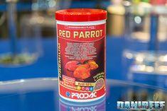 Mangime per ciclidi   PRODAC Red Parrot    Un nuovo prodotto, presentato ad Interzoo 2018, specificamente studiato per i ciclidi d'acquario.     Un mangime completo composto per il 10% da Krill, addizionato di vitamine A, C, D3 ed E, astaxantina, Omega 3 e 6. La dimensione dei granuli è un po' più piccola di quella dei wafers che abbiamo appena visto, e si attesta fra i 4 ed 5 mm.