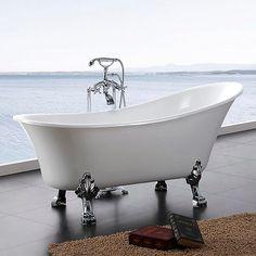 Badekar Belle Et klassisk badekar med føtter som setter et fint preg på baderommet. En luksuriøs og personlig følelse. Samtidig moderne, bekvemt og funksjonelt. Den litt høyere kortsiden gir en behagelig støtte for ryggen. Føttene finnes i krom, messing og bronse.