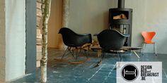 'La semplicità è la cosa più complicata del mondo', is het favoriete citaat van interieurarchitect Jeanpierre Detaye (Vico Magistretti). Samen met zijn vrouw Kristine opende hij enkele maanden geleden het DESIGN B&B en lunchcafé 'LE JARDIN BOHEMIEN' op enkele passen van het Gravensteen te Gent.