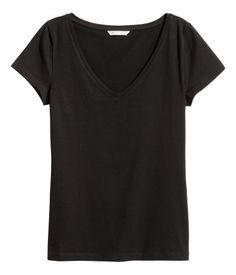 Black. Fitted top in soft stretch jersey with a V-neck and short sleeves.
