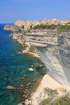 FRANCIA Bonifacio, Corsica, France It should be my second home or first Beautiful Places To Visit, Wonderful Places, Dream Vacations, Vacation Spots, Places To Travel, Places To See, Ville France, Reisen In Europa, France Travel