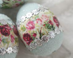 Floral Easter Egg - Blue Spun Cotton Egg Decoration