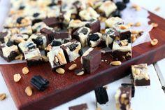 Helppo kahden suklaan suklaafudge - Suklaapossu Cereal, Food And Drink, Cupcakes, Sweets, Candy, Chocolate, Baking, Breakfast, Desserts